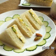 黄瓜蛋泥三明治