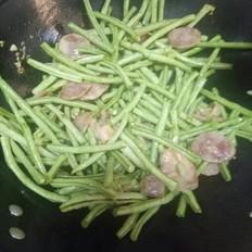 香肠炒豇豆