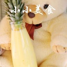 菠萝汁:解油腻、防脂肪沉积,消水肿