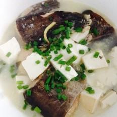 鲢鱼豆腐汤