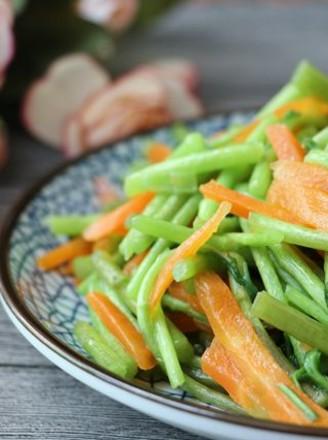藜蒿胡萝卜的做法