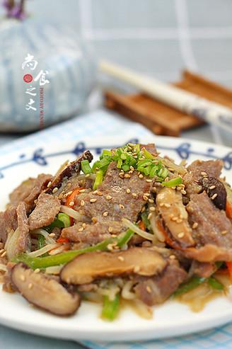 韩式牛肉炒杂蔬的做法