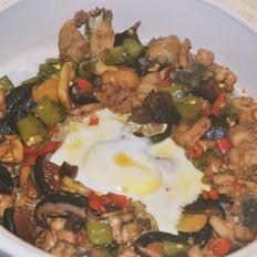 香菇鸡肉煲仔饭