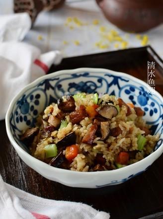 椴木花菇腊肉焖饭的做法