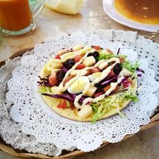 营养蔬果沙拉松饼