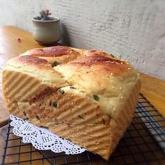 葱香海苔肉松面包