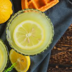 超解腻的青瓜柠檬汁