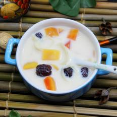 百合木瓜炖牛奶