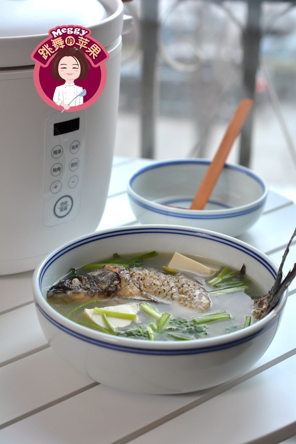 鯽魚豆腐湯成品圖