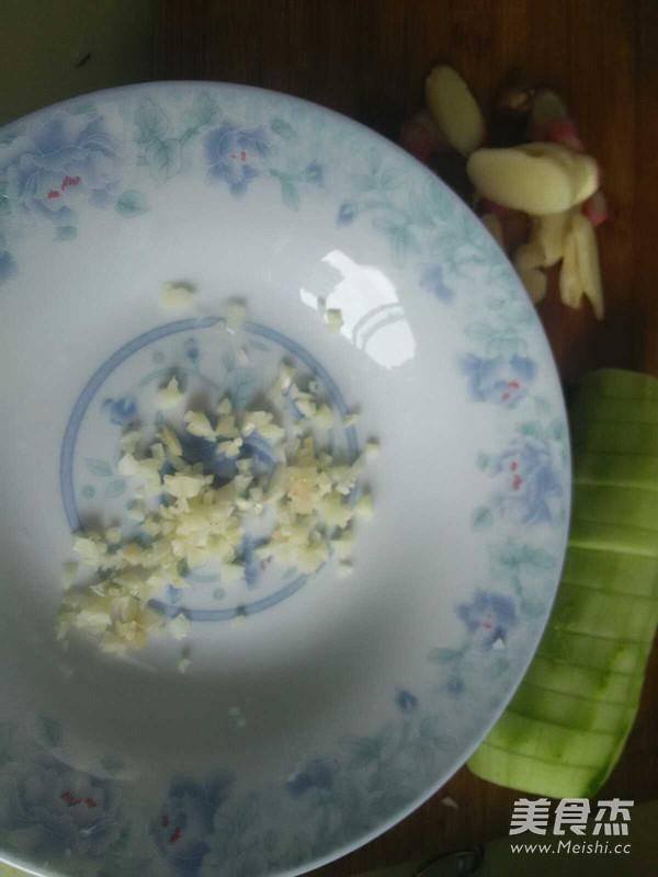 黄瓜凉拌小猪肝怎么化开花生酱图片
