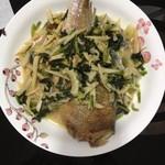 灵龙雪菜烧黄鱼的做法
