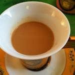 SunGiant港式丝袜奶茶的做法