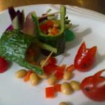 田厨3个步骤做出经典的黄瓜桶盘饰的做法
