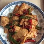 旧的痕迹干锅豆腐的做法