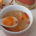 杰米田园养生红枣苹果银耳羹的做法