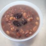 杰米田园红豆黑米粥的做法