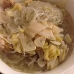 大大大大大闹不住菇酸菜炖白肉的做法
