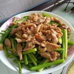 殷茵茵肉炒蒜苔的做法