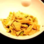 林冰儿尖椒炒腐竹的做法