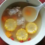 杰米8922177玉米排骨汤的做法
