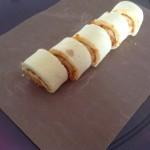 勿忘我1847942黄桃蛋糕卷的做法