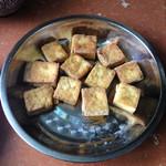 刘小蕾蕾煎臭豆腐的做法