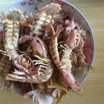 蜜桃派清蒸皮皮虾的做法