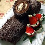 林中樱子圣诞树根蛋糕的做法