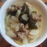 小小小狗熊排骨萝卜汤的做法