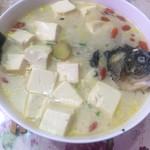 【虹虹】鲫鱼炖豆腐的做法