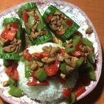 尾戒\(^o^)/~(来自腾讯.)黄瓜红椒拌鸡肉的做法