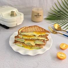 鸡蛋芝士青瓜三明治