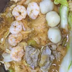 辣白菜炖锅