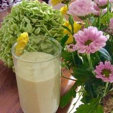 牛油果香蕉酸奶昔