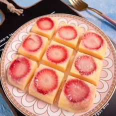 馋哭隔壁孩子的草莓酸奶糕