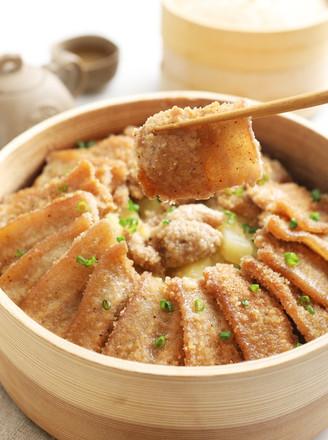 米粉和肉的结合,超级好吃又下饭哦——家庭版粉蒸肉的做法