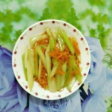 胡萝卜炒芹菜