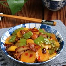 五花肉青椒土豆片