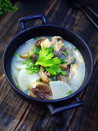 【三羊开泰】白萝卜羊杂汤的做法