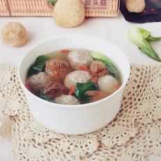 牛肉丸煲猴头菇