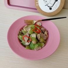 草菇莴苣炒肉片