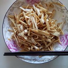 凉拌豆腐皮