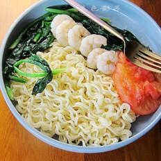 蔬菜虾仁拌面