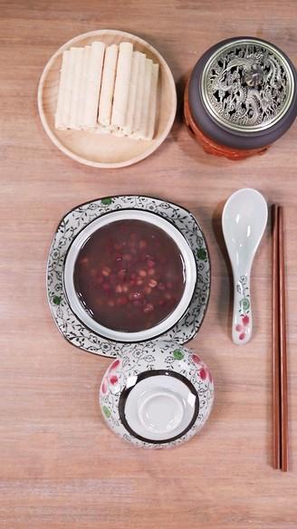 红豆薏米粥 食美粥的做法