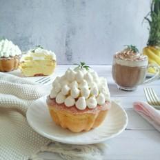 鲜菠萝小蛋糕