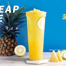 自制酸甜清爽水果茶,菠萝香柠四季春
