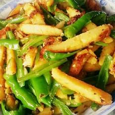尖椒炒玉米饼