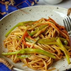 喷香蔬菜炒面