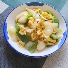 青椒圆葱炒鸡蛋