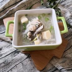蛎蝗萝卜豆腐汤